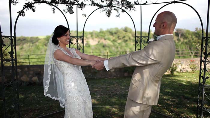 A romantic Irish wedding at Borgo di Tragliata Rome, rustic wedding venue in Rome