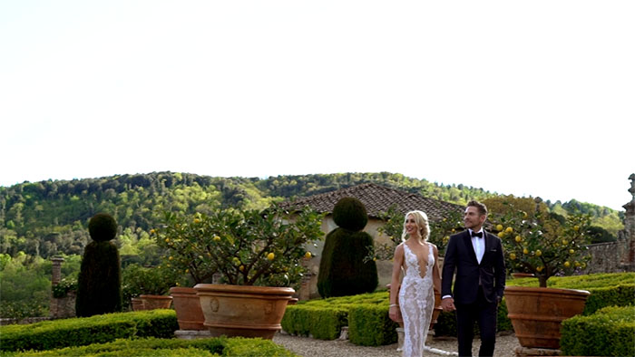 Romantic vow renewal in Tuscany - A pic from the video by Italian Wedding Videographers