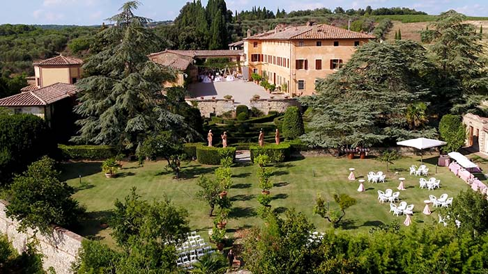 A drone photo at Villa Catignano wedding Tuscany - Villa Catignano weddings