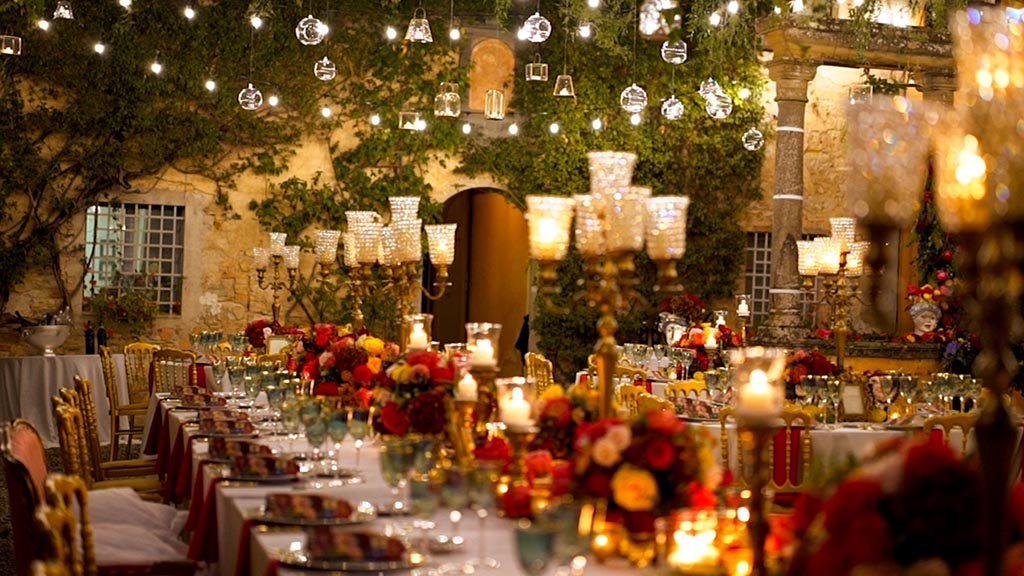 Villa Catignano wedding in Tuscany, The wonderful wedding table - Villa Catignano weddings